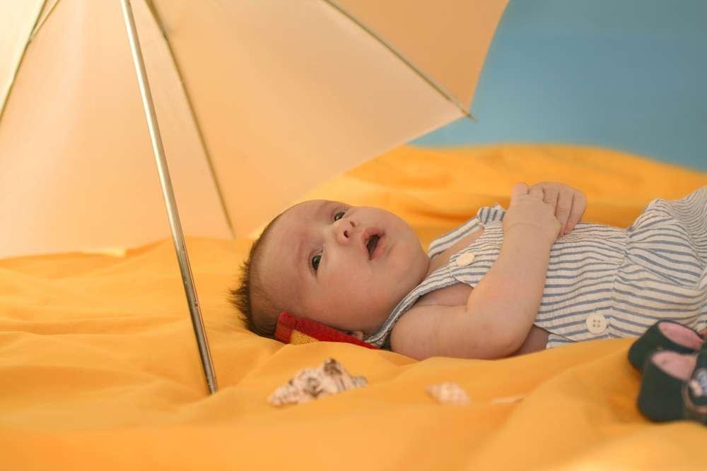 Baby in de zon